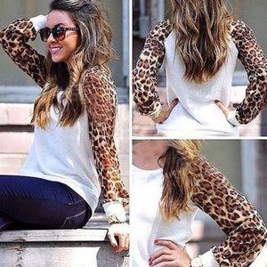 Tops - 💖Sheer Leopard Print Sleeves Raglan Top